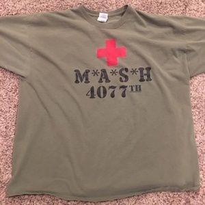 MASH 4077th Medic Squadron Red Cross Men's T Shirt